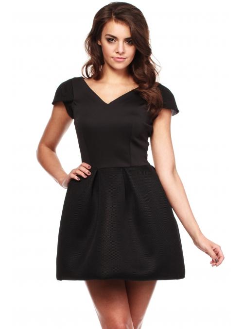Moderné šaty s V výstrihom a tulipánovou sukňou – čierne