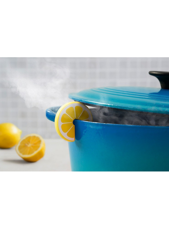 """Slice of lemon"" - ... and the steam from the pot is gone"