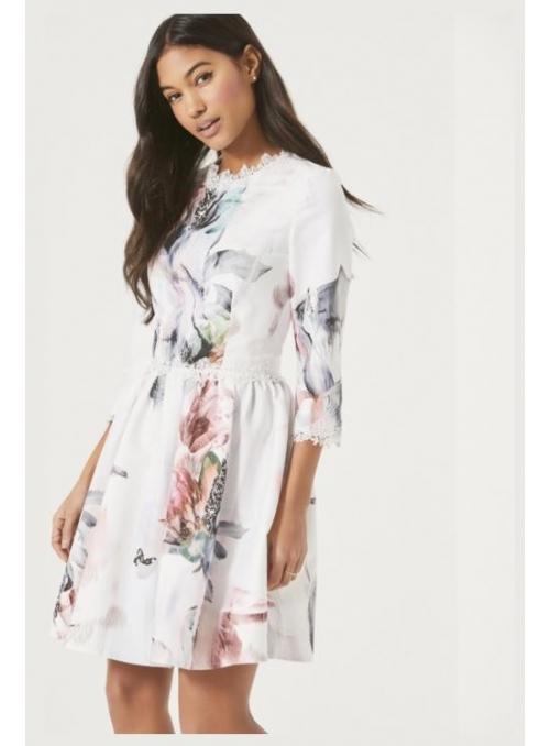 """Šaty """" Čipkový Hawai"""""""