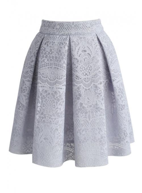 Krátka skládaná sukně s krajkou, ŠEDÁ