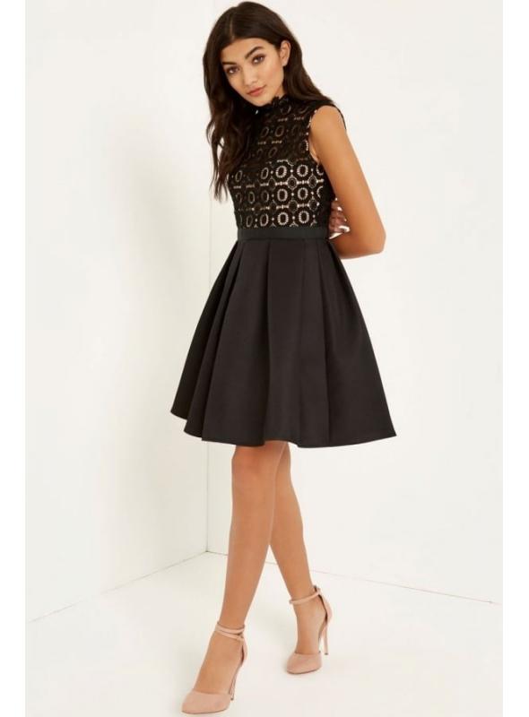 Čierne háčkované šaty