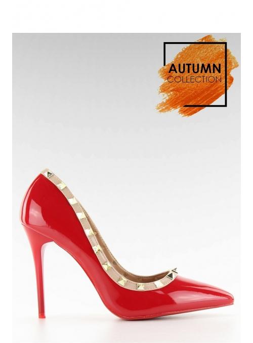 RED VALENTINO – Vybíjané krémové lakované lodičky