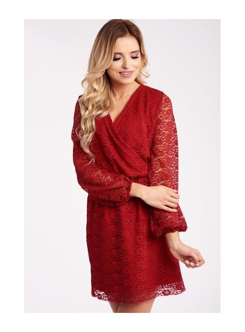 Červené krajkové šaty s překřížením