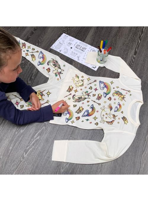 """""""Sen o jednorožcích - dětské pyžamo na vybarvování"""""""