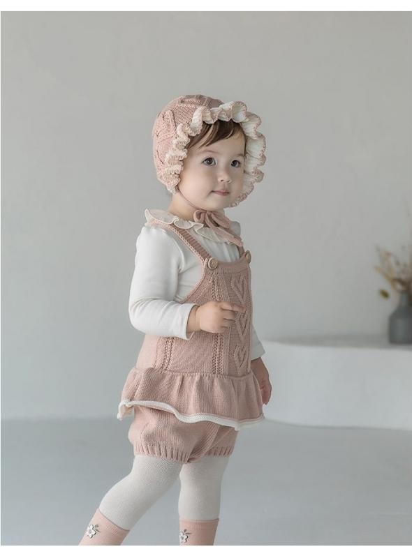 Dětský pletený overal na šle se srdíčky, růžový