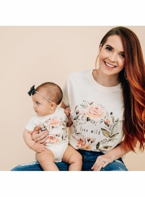Live wild - dámské tričko s růžičkami, matching rodinné